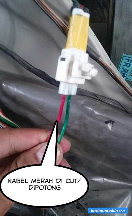 Potong Kabel UP Penghubung Switch dan Motor Power Window